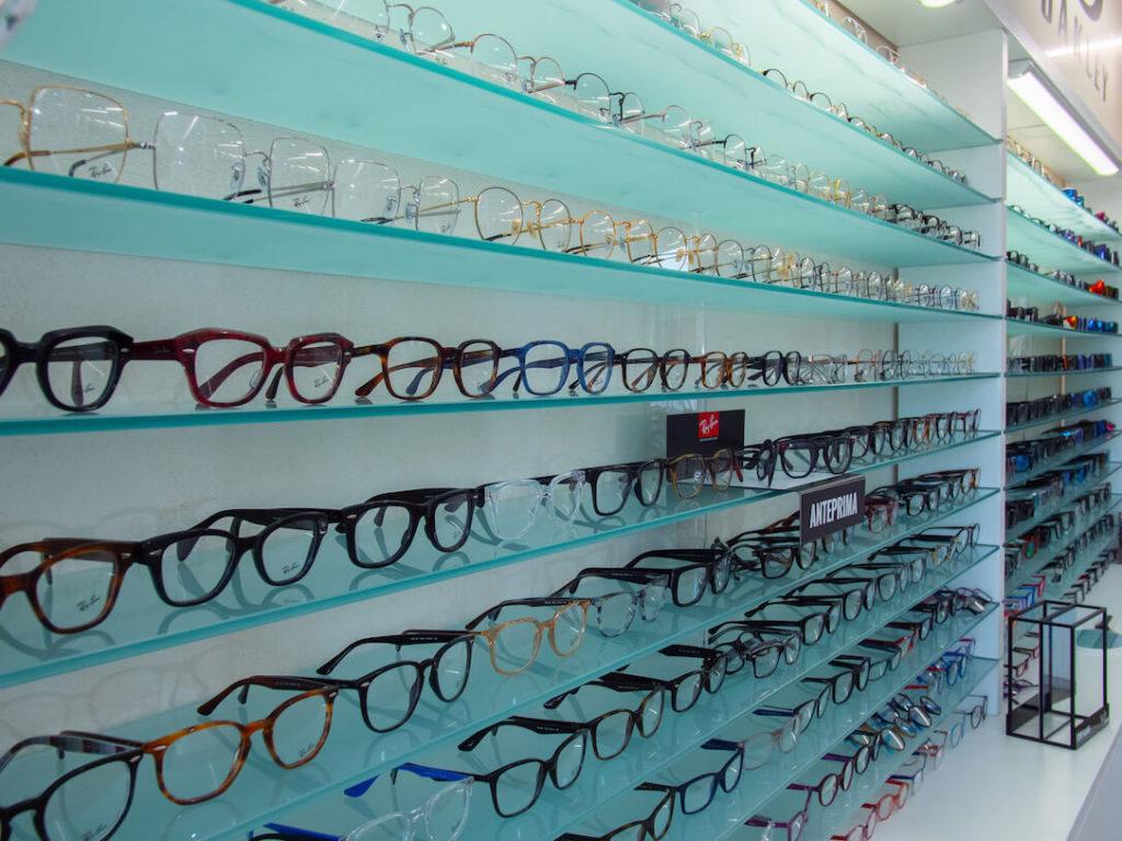 eyewear shop glasses shelves